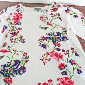 Women's SS sweater Floral NWT Small
